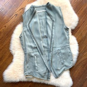 Max Jeans military Vest with slant pockets